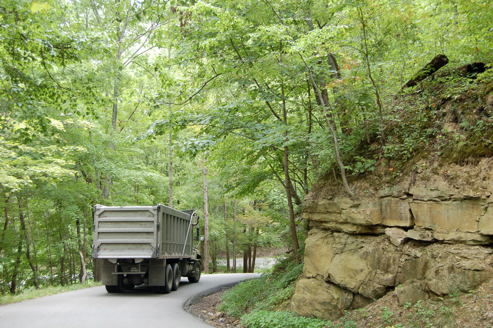 coaltruck_climb2