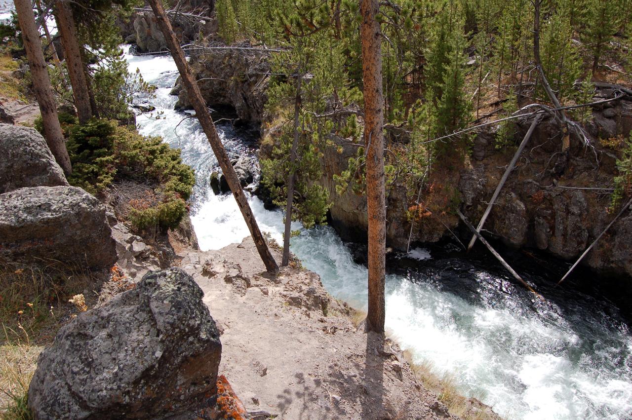 131_waterfall_10
