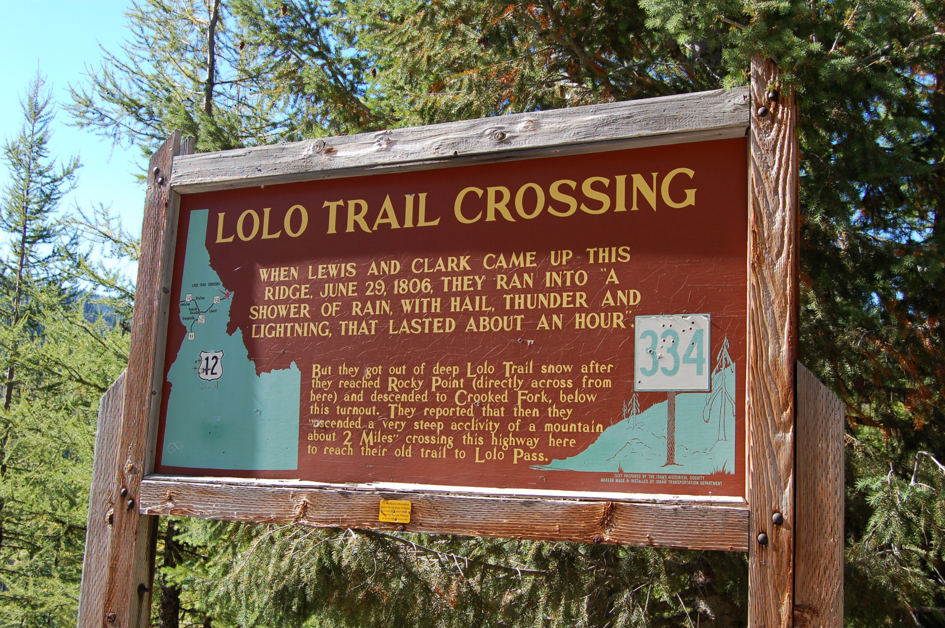 62_lolotrailcrossing_1